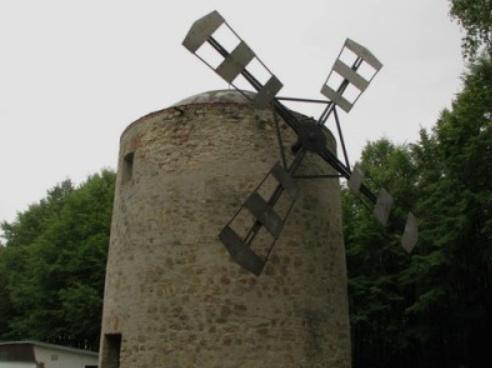 Veterný mlyn v Holíči